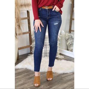 🆕 Poppy Mid-Rise Slit Side Hem Skinny Jeans